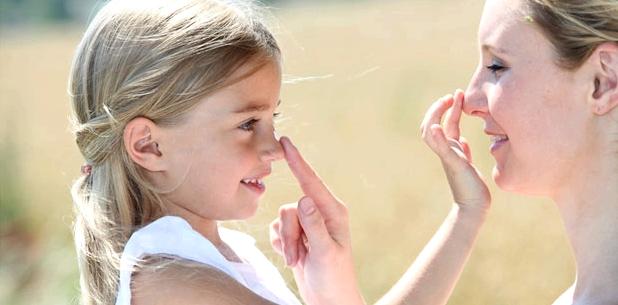 Babys, Kinder und Sonnenschutz - welcher LSF ist bei Sonnencremes richtig? Kinderärztin Hess berät