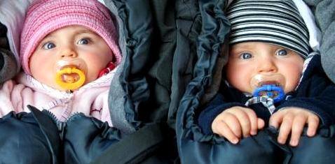 Babys im Schlafsack