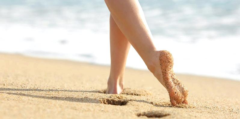 Krampfadern durch Barfußlaufen vorbeugen