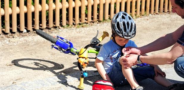 Risiko Tetanus-Infektion durch Hautverletzungen bei kleinen Kindern