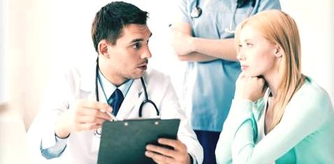 Viele Menschen gehen immer zum gleichen Arzt