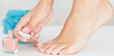 Spezial-Lack gegen Nagelpilz