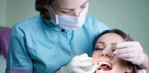 Ärzte-Latein: Verstehen Sie Ihren Zahnarzt?