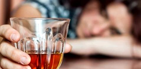 Bei Alkoholsucht hilft oft Entwoehnungstherapie