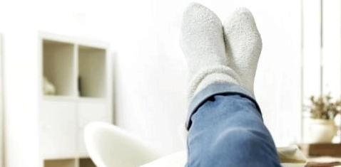 Füße hoch bei Bandscheibenvorfall
